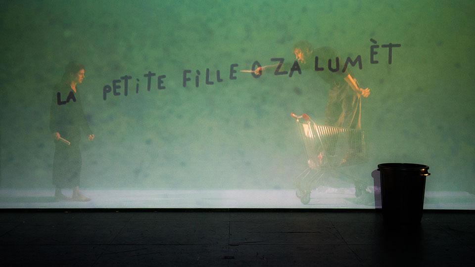 petitefilleauxallumettes1415-04